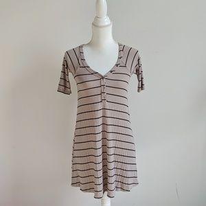 Billabong Dresses - Billabong Beige Black Striped Short Sleeve Dress